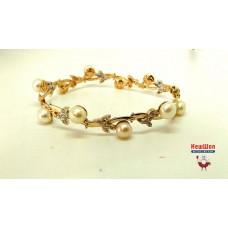 Золотой браслет с жемчугом и цирконием