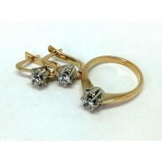 Золотой комплект с камнями  Swarovski  (кольцо и серьги)