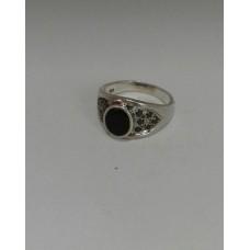 Бронь! Серебряное кольцо с черным цирконием и кристаллом