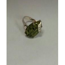 Серебряное кольцо с малахитом и цирконием