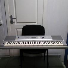 Синтезатор YAMAHA DGX-220